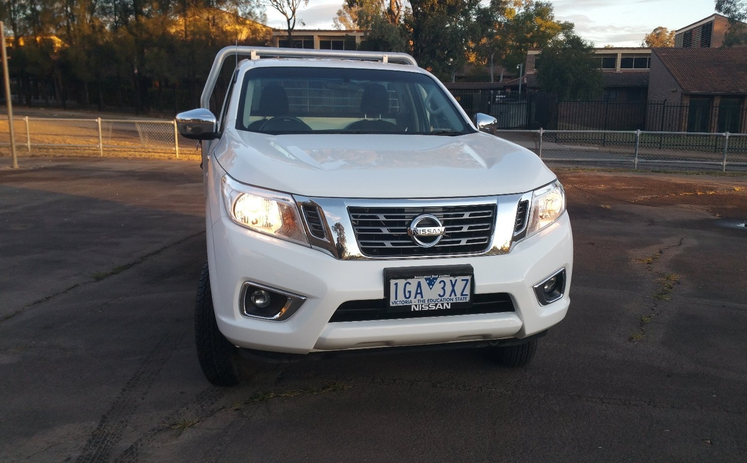 auto review 2016 nissan navara np300 rx 4x4 diesel single cab. Black Bedroom Furniture Sets. Home Design Ideas
