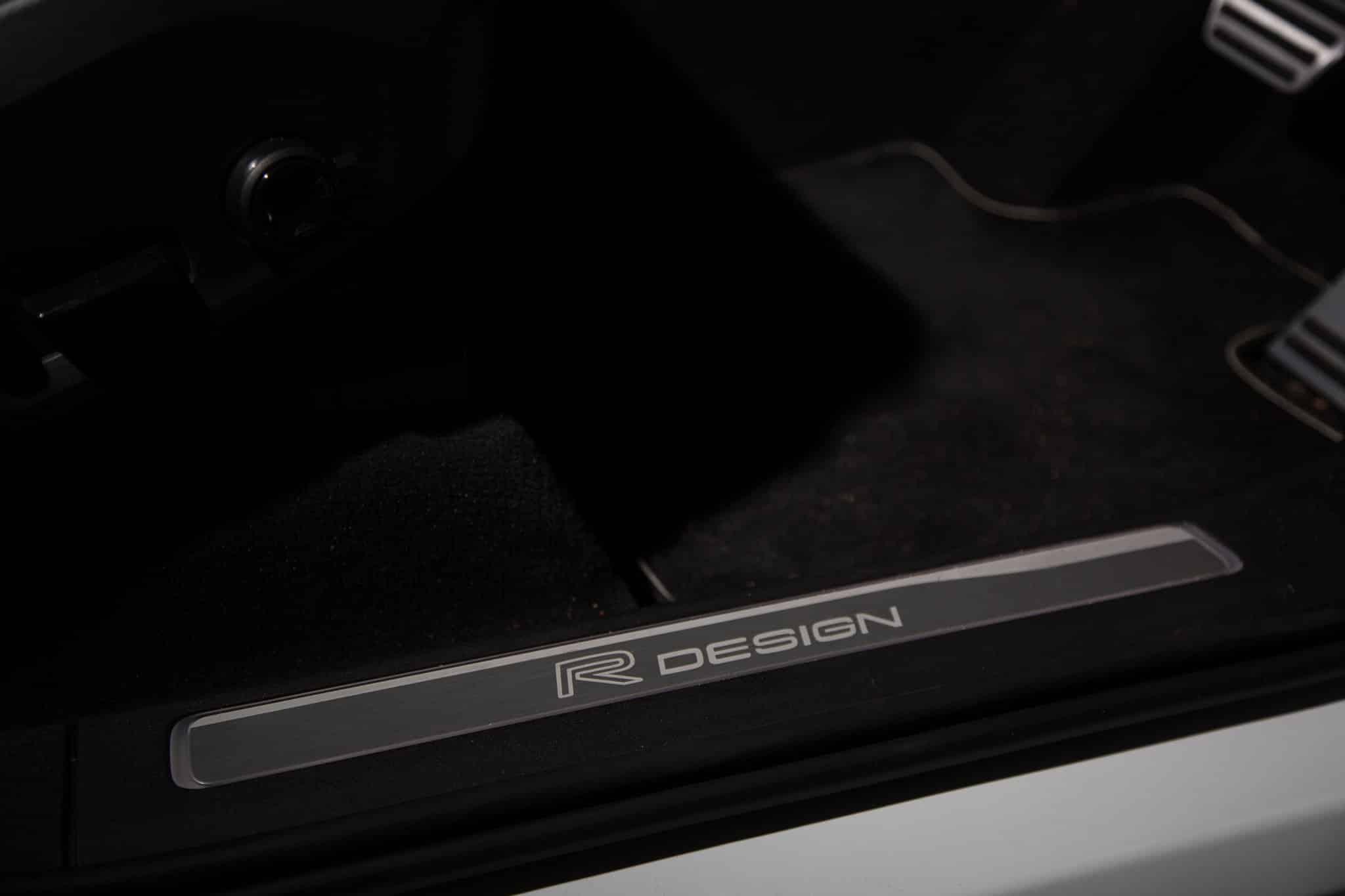 2017 Volvo XC90 T8 R-Design