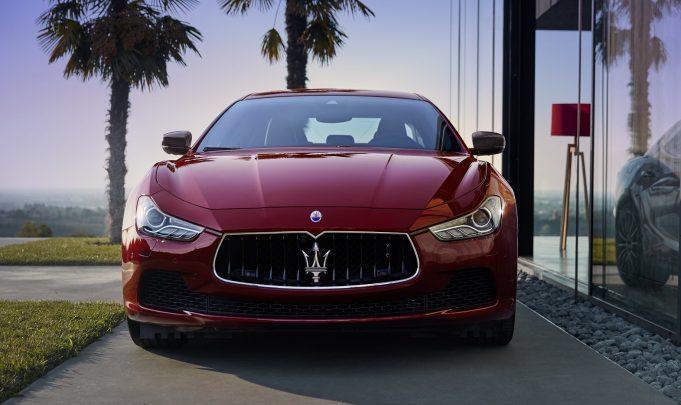 2017 Maserati Ghibli Sport