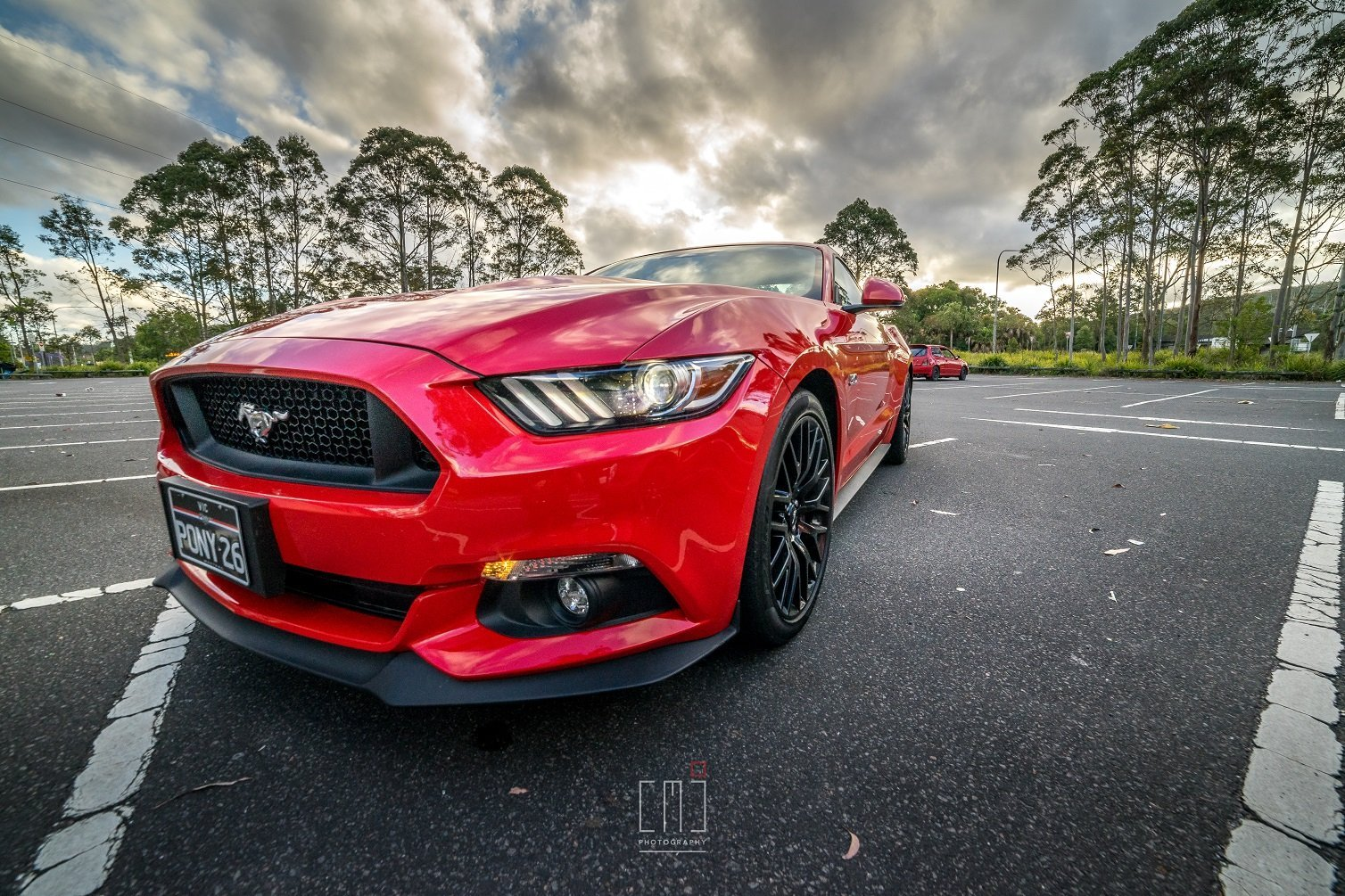 auto review 2017 ford mustang gt and ford mustang ecoboost. Black Bedroom Furniture Sets. Home Design Ideas