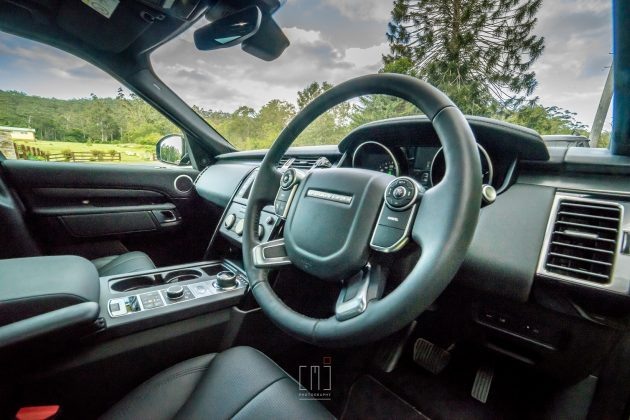 2018 Land Rover Discovery TD4 SE
