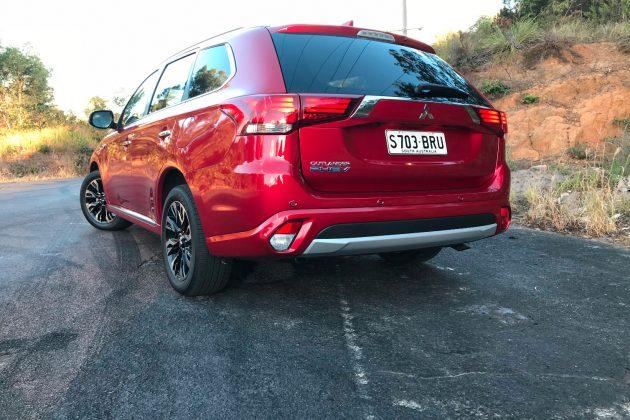 2018 Mitsubishi Outlander LS PHEV