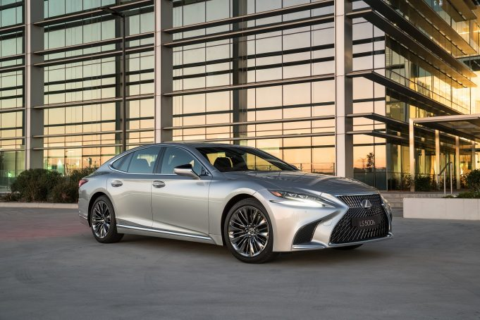 2018 Lexus LS 500h Sports Luxury
