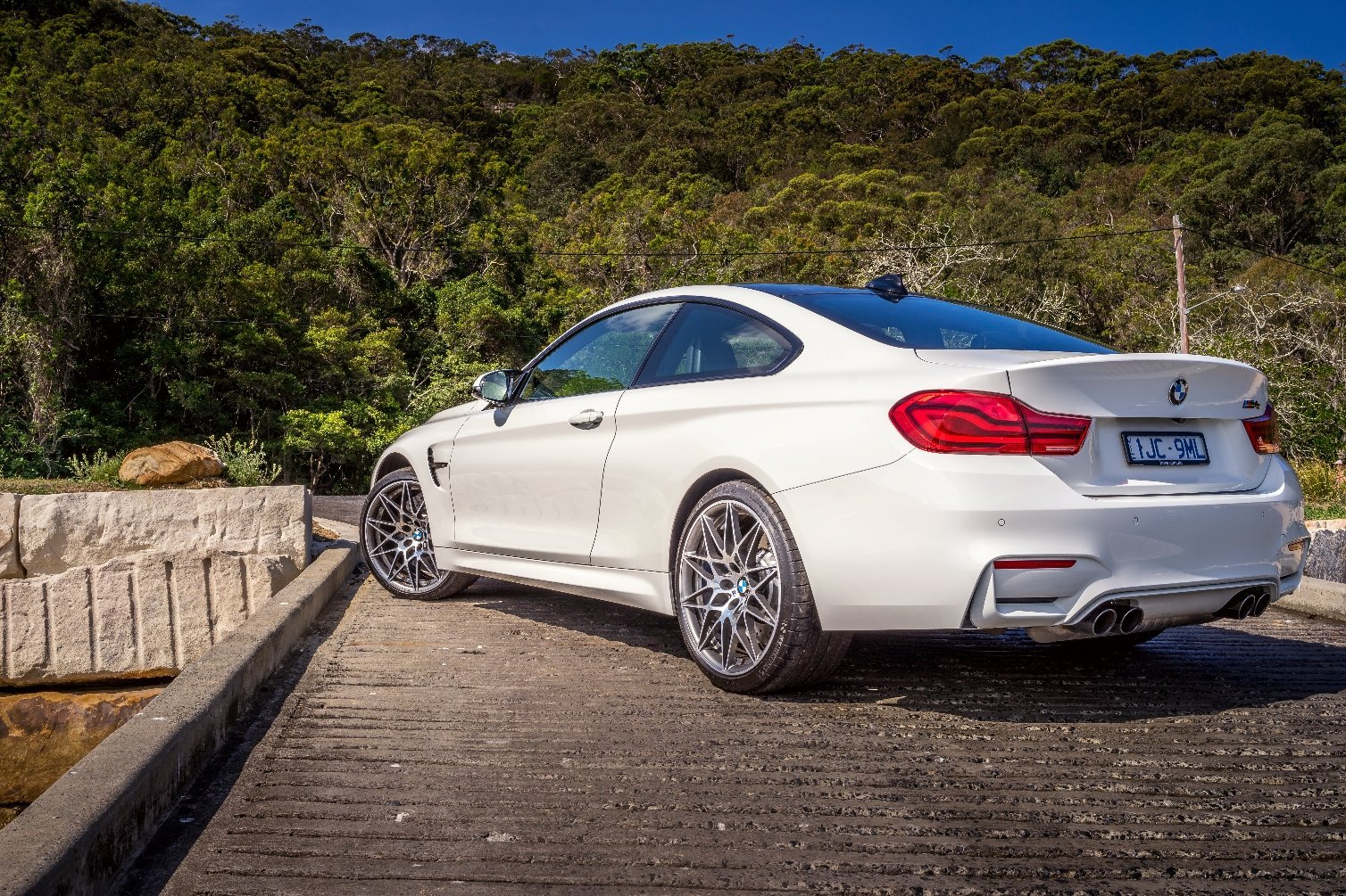 Auto Review 2018 Bmw M4 Pure Edition